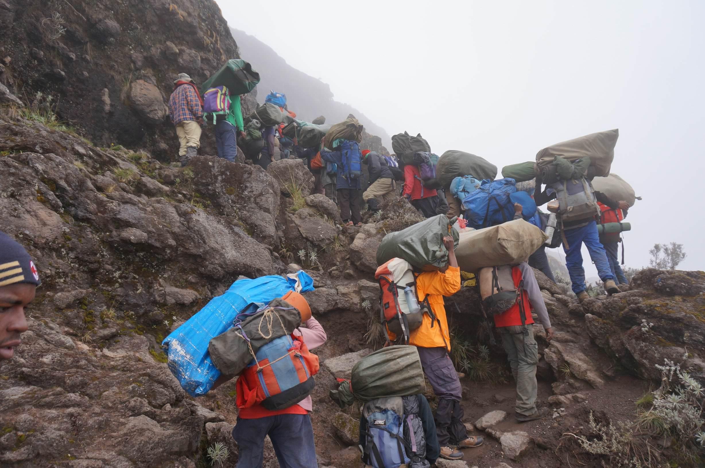 11_Kilimandscharo_Barranco_Wall (5)