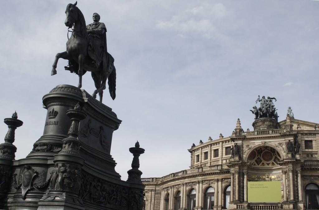 Theaterpalatz Dresden