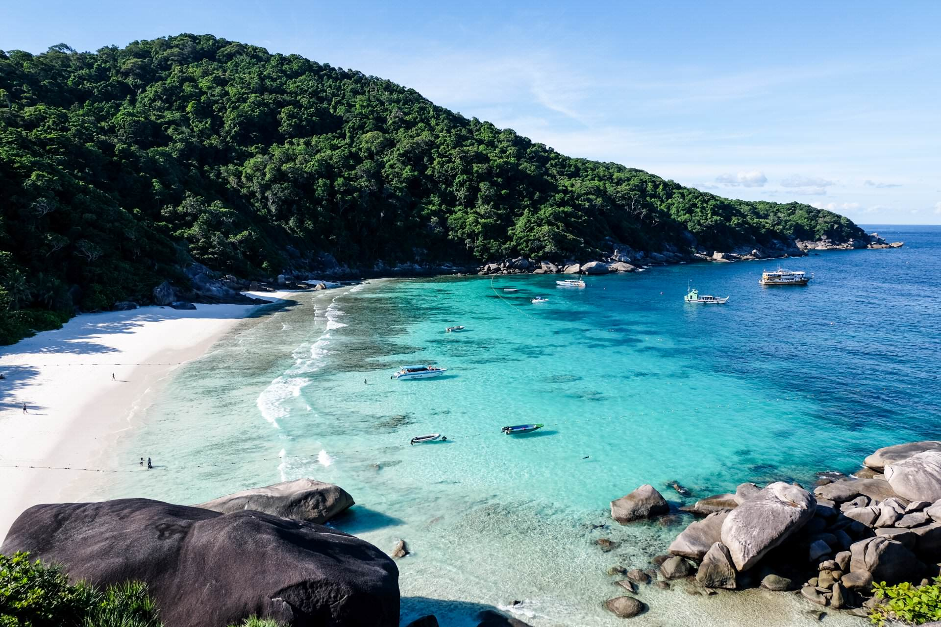 4 Days & 4 Nights on 6 sqm - Diving the Similan Islands